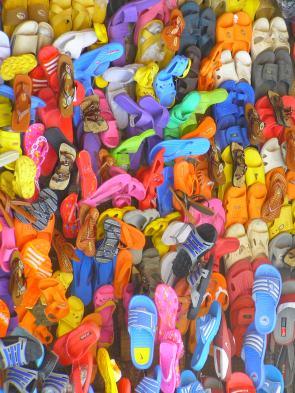 Shoe stall